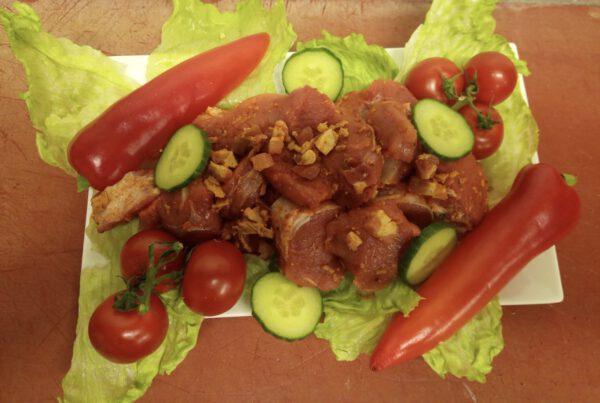 Schweinefilet Medaillons mit Bacon und Röstizwiebeln
